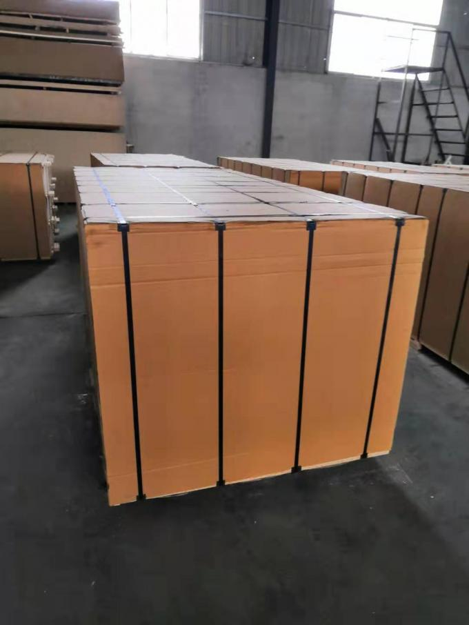 Solid Melamine Coated MDF Board , Office Table 18mm MDF Sheet 1200x2400mm