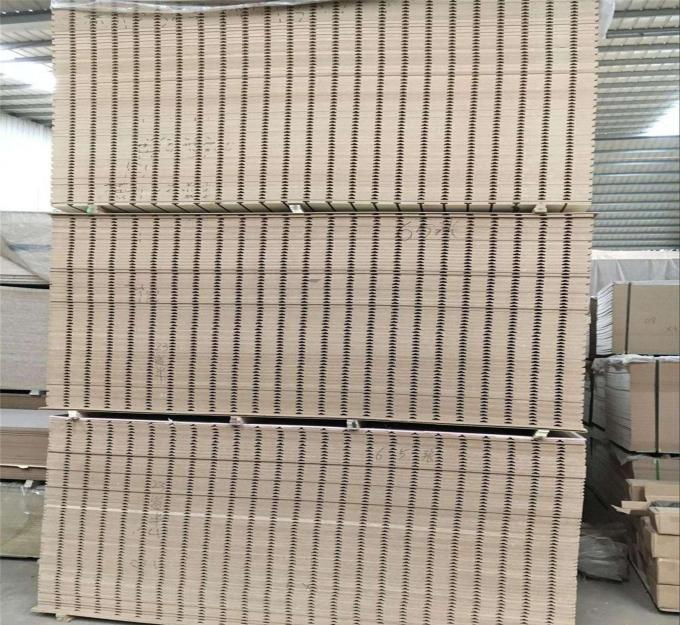 Matt Slotted WBP Glue Laminated MDF Board For Wedding House Furniture Decoration