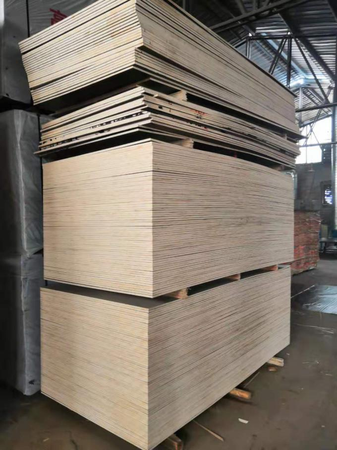 High Density 100% Poplar Film Faced Plywood For Real Estate Construction Multi Color