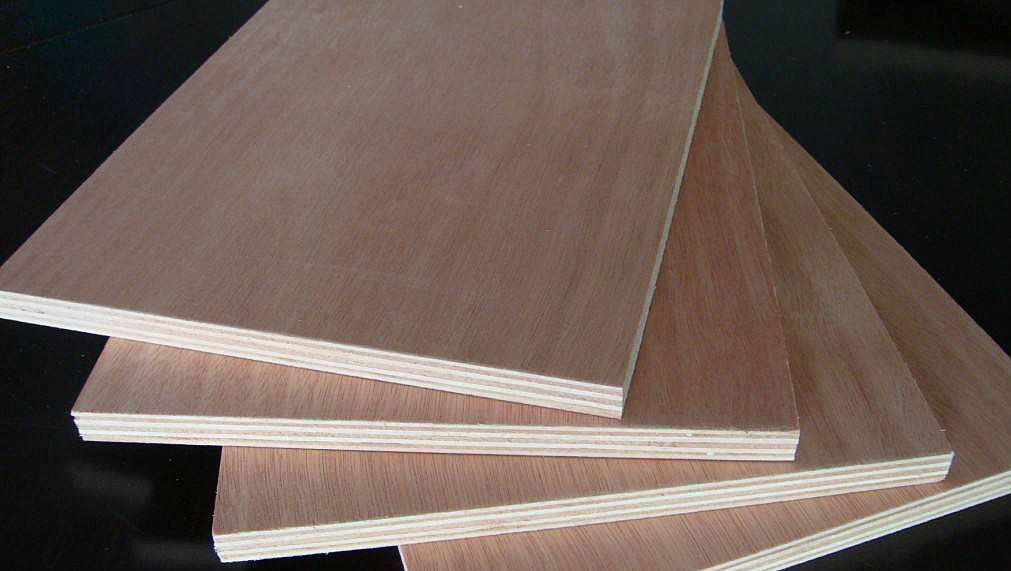 Melamin Covered Commercial Grade Plywood With Eucalyptus And Hardwood Core