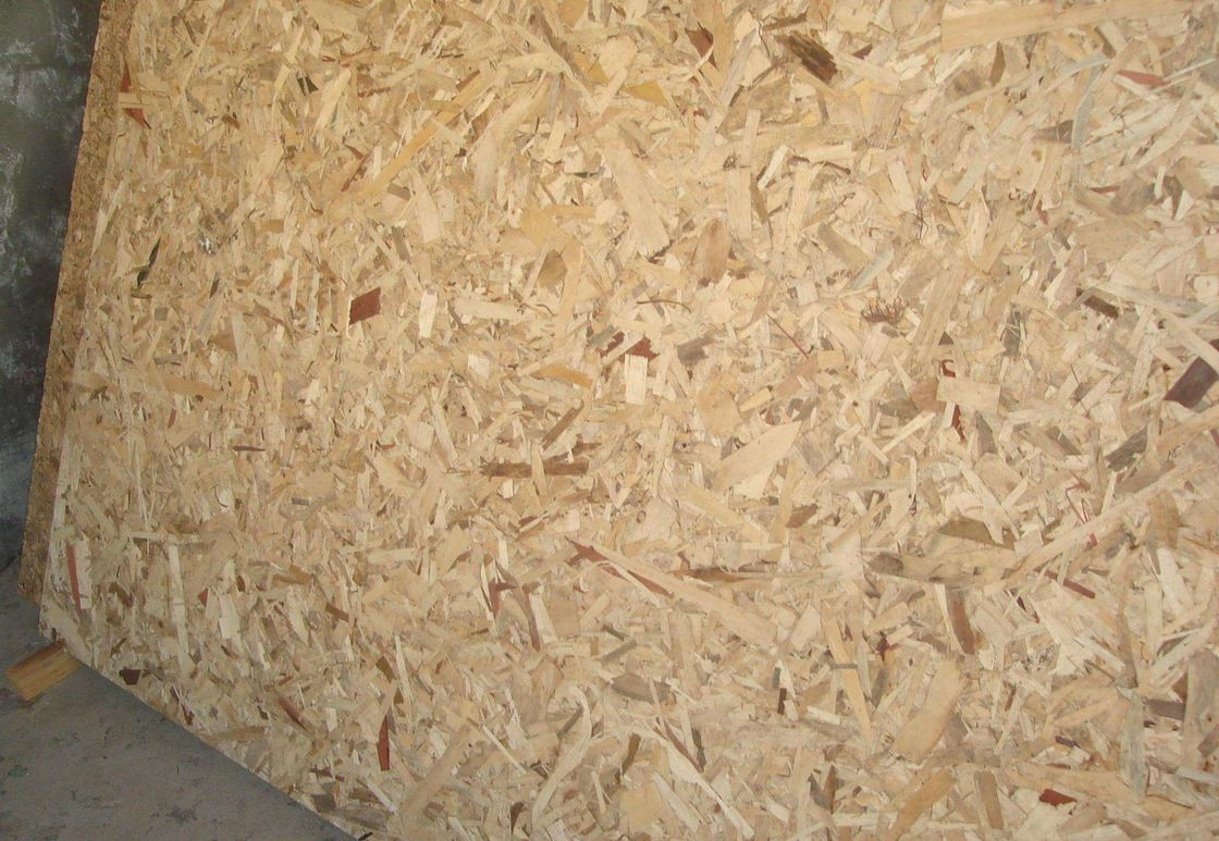 Minimum Twisting Wood 15mm OSB Board / OSB Roofing Sheets Outdoor Application