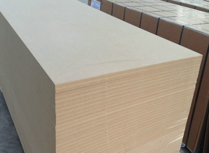 Wood Fiber Laminated MDF Board For House Furniture Decoration 1220*2440mm