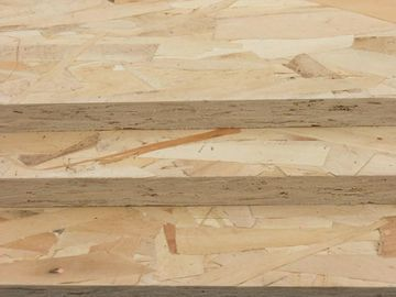 High Density OSB Oriented Strand Board For House Decoration Items 700-750kg/M3