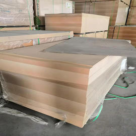 China 18mm Laminated MDF Board E2 Formaldehyde Emission Poplar Core For Furniture factory