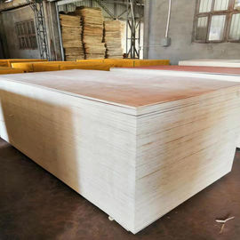 China E1 Glue Okoume Plywood Furniture Decoration , Durable 9mm Plywood factory